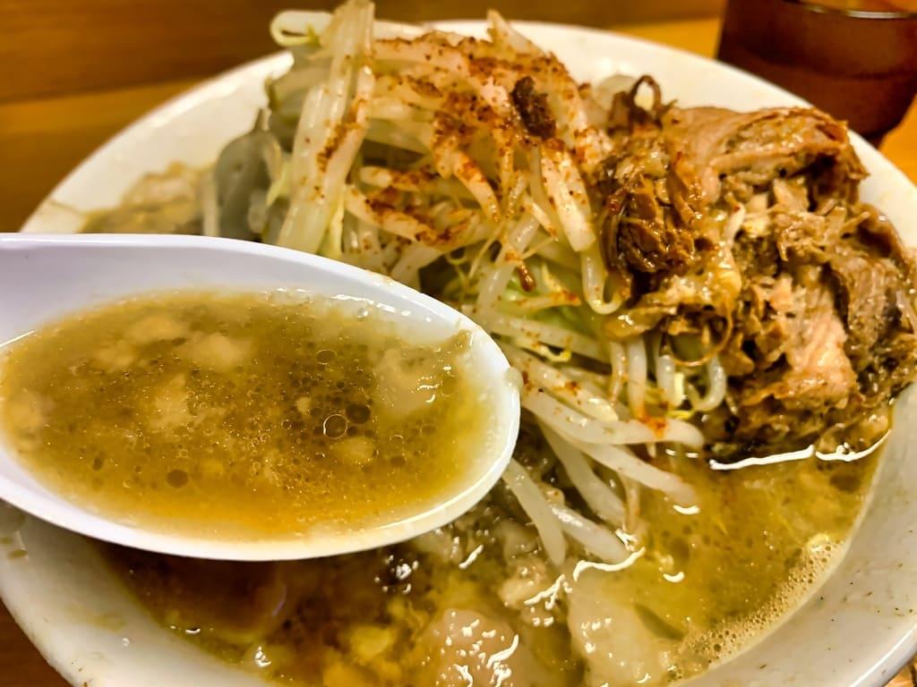 ラーメン池田屋吹田店のラーメン小スープ