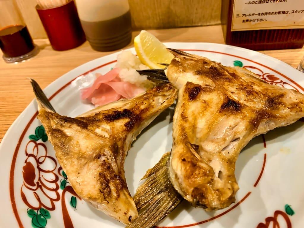 魚屋スタンドふじのカマ塩焼