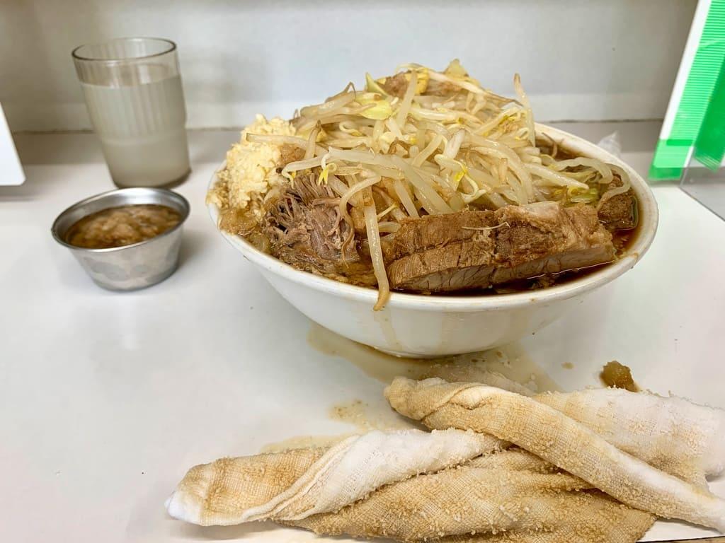歴史を刻め なかもずのラーメン野菜マシマシ実食2