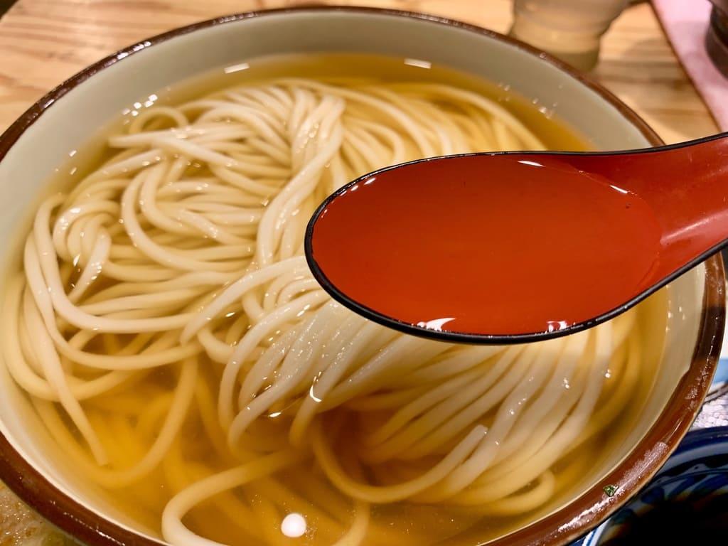 き田たけうどんのとりひやし鰹出汁