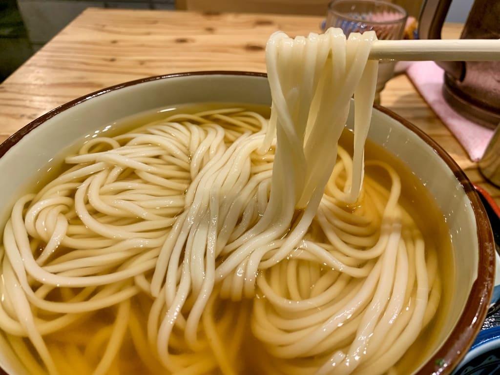 き田たけうどんのとりひやし実食1