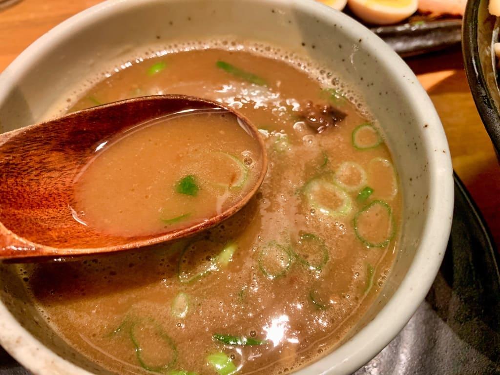 麺匠たか松 京都本店のつけ麺スープ
