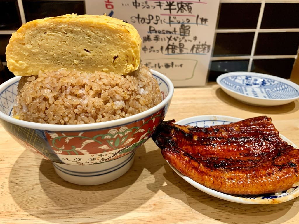 いづも ルクア店のそびえる鰻玉丼実食1