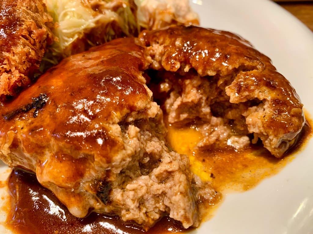 ぶどう亭のハンバーグ実食