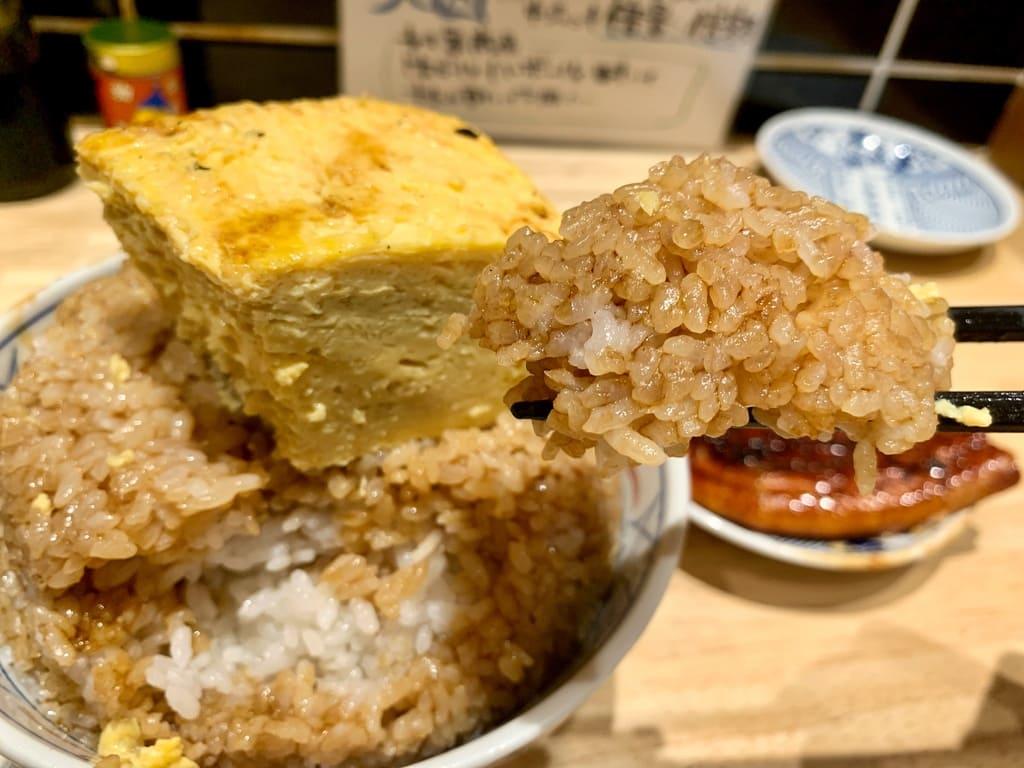 いづも ルクア店のそびえる鰻玉丼実食3