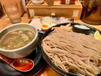 麺匠たか松 京都本店のつけ麺特盛近影