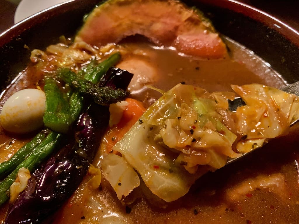 アジアンバーラマイ札幌本店のチキンスープカレー実食2